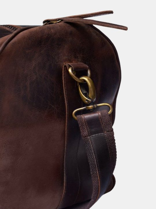 Amado travel bag buckle