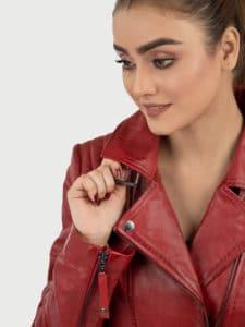 Hedda red biker leather jacket close